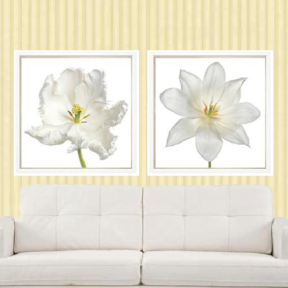 WHITE FLOWERS ON WHITE