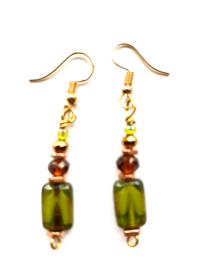 Green stone with brown beads