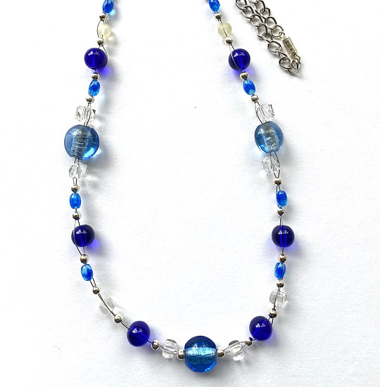Blue glass stone with silver accent floating necklace