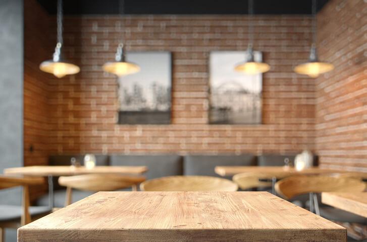 plateau de table en hêtre pour restaurant
