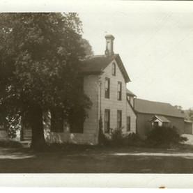 FLT Bushley Homestead 1950 pic.jpg