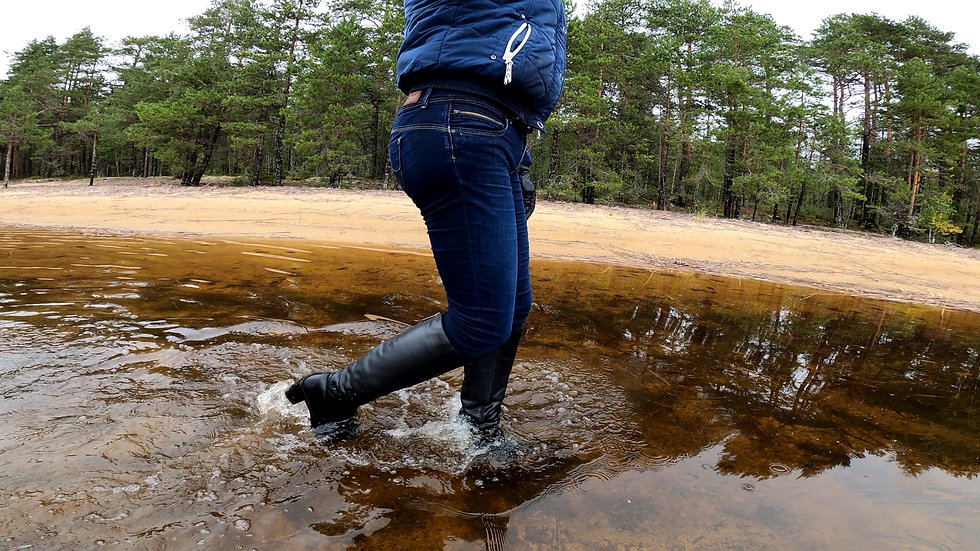 boots in water leather 213_3.jpg