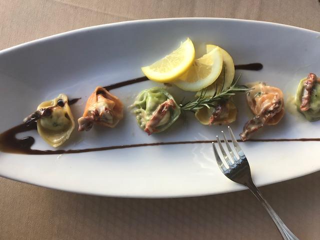 Montalcino Salmon Tortellini