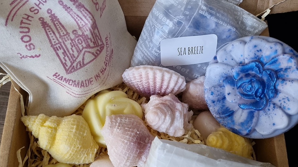 SEA SPRAY Fragrance Oil Pamper Box -  Wax Melts and Soap