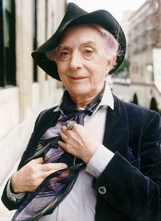 An Icon – Quentin Crisp and Penny Arcade in Vienna #Video