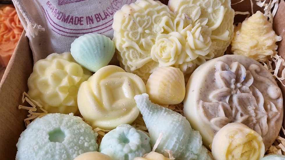 FRUITY TINGLES Pamper Box - Wax Melts and Soaps made with Essential Oils