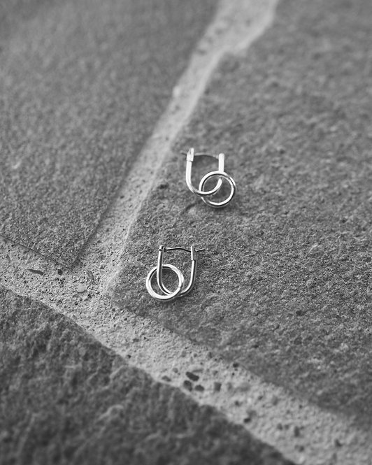 & other Stories  |  MINIMAL HOOPS EARRINGS
