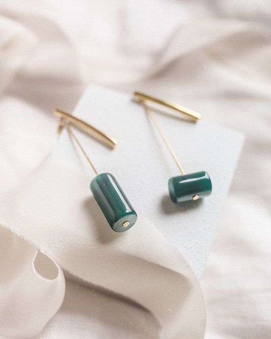 BAEBAE  |  PENDULUM BAR EARRINGS