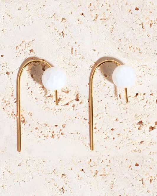 theC | ARC CRYSTAL EARRINGS