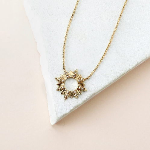 Wanderlust + Co  |  SUNSEEKER GOLD NECKLACE