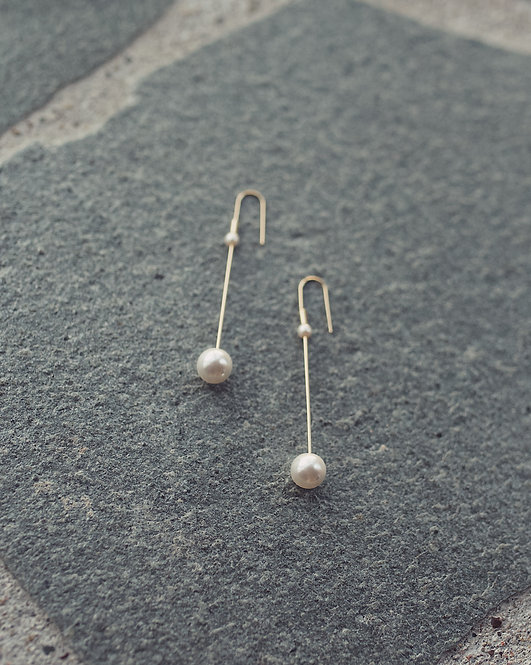 & other stories  |  PEARL DROP EARRINGS