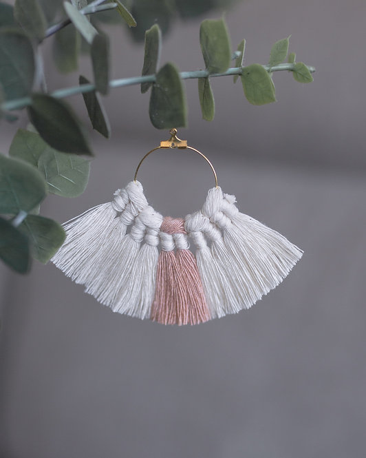 designbyhtc  |  MACRAME EARRINGS DUE ROSE