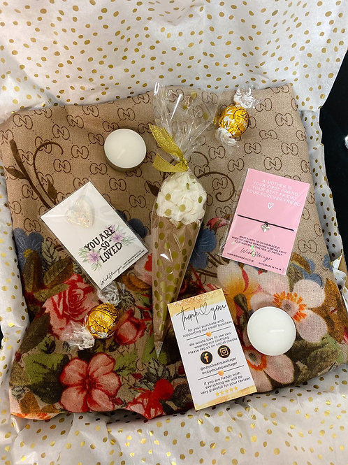 Floral Scarf Mum Gift Box