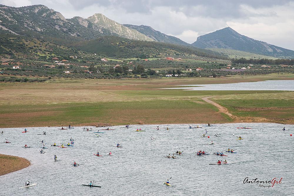 Playa del pantano de Alange, sede de competición de piragüismo