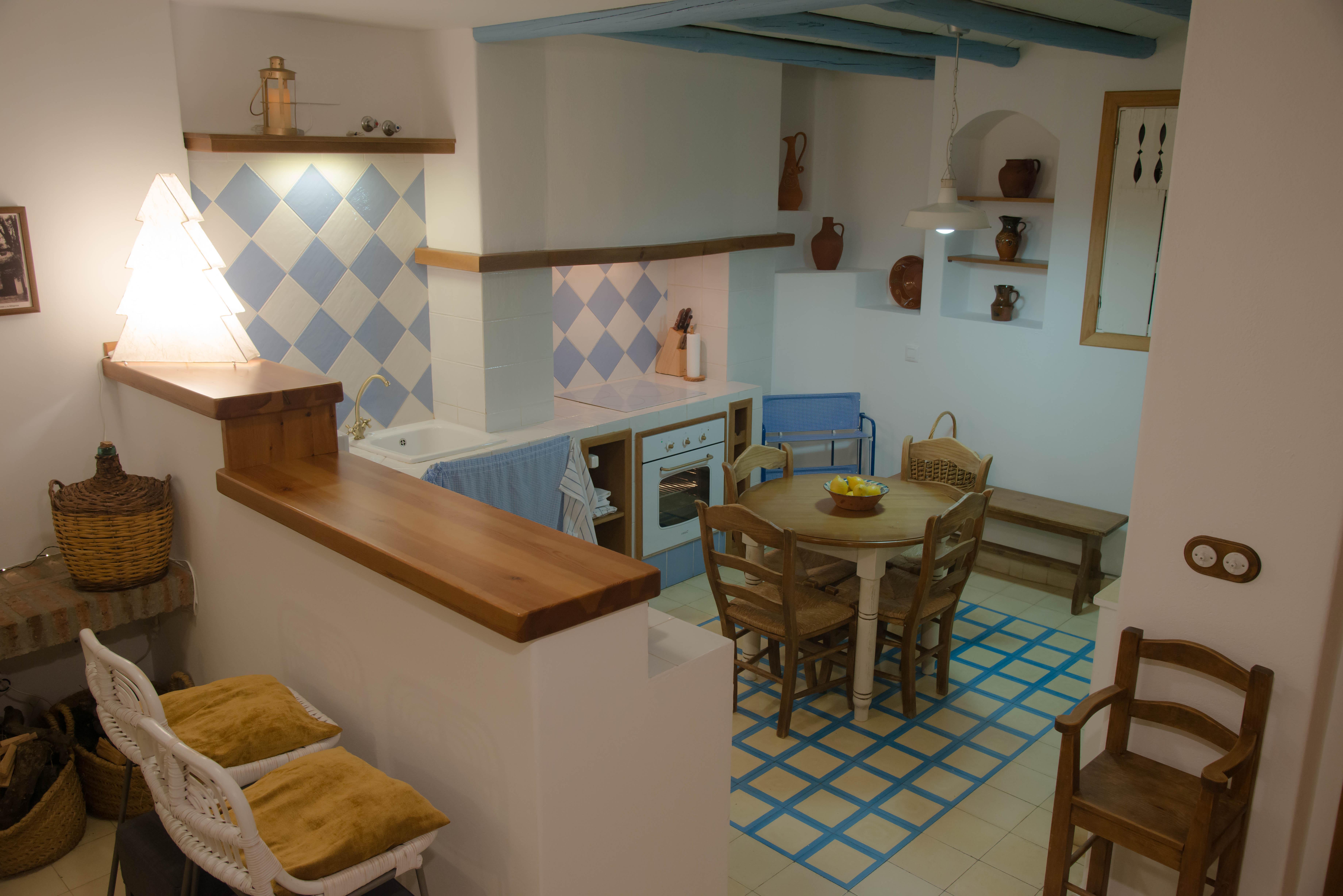 Cocina abierta al salón comedor