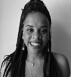 Ana Luiza Martins.png