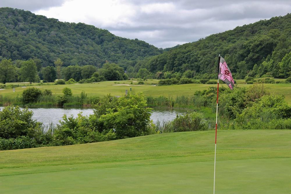 Michael Hurdzen Golf Wasioto Winds pineville kentucky Pine Mountain State Park