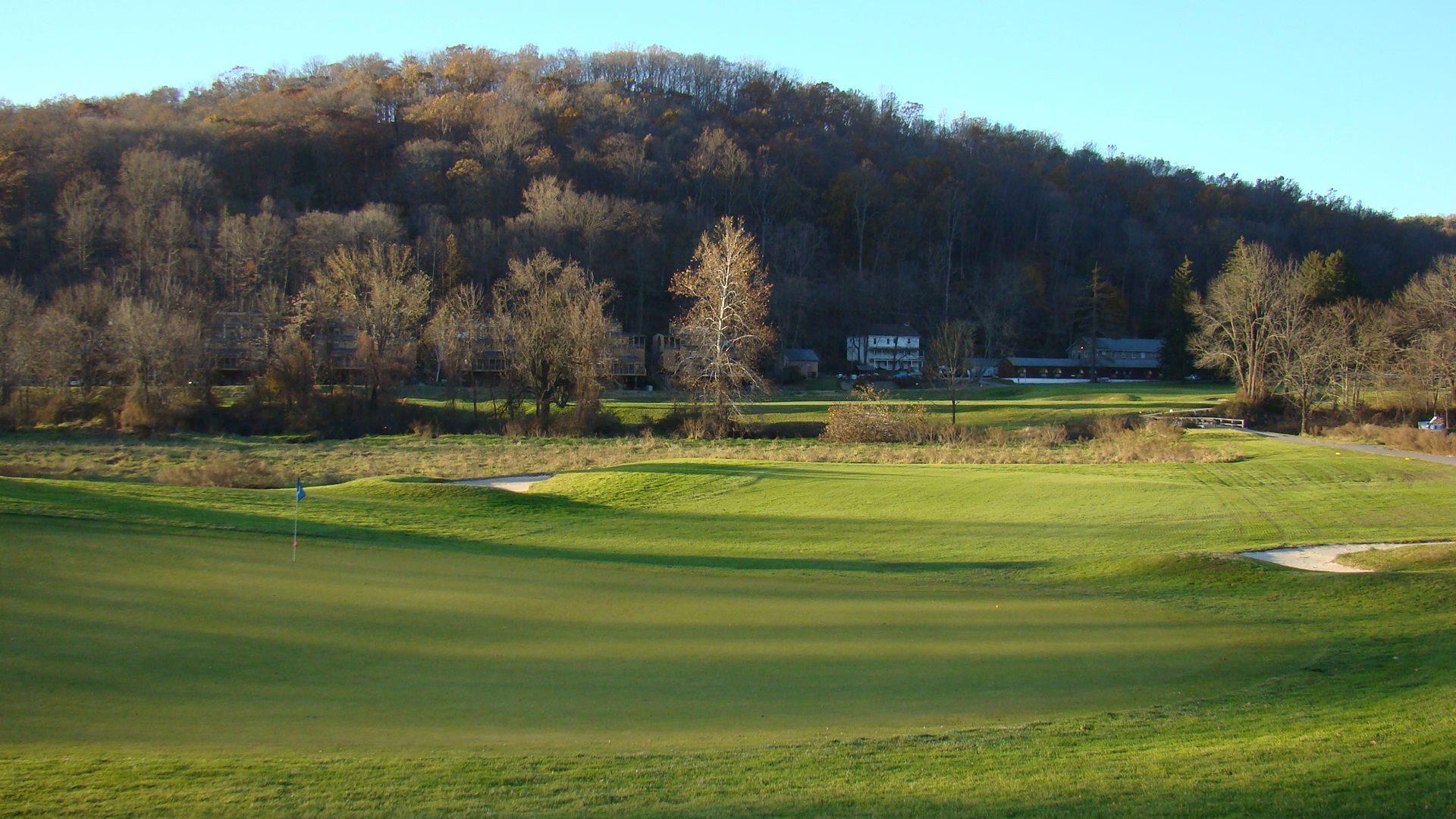 Shawnee Inn Golf Resort on Delaware River by AW Tillinghast 1911