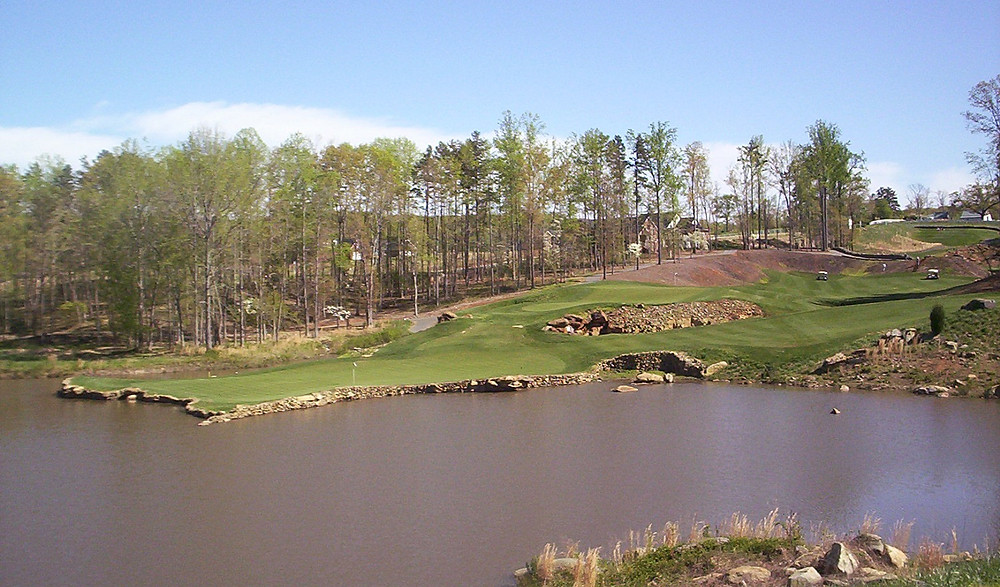 Tot Hill Farm Golf Club in Asheboro NC by Mike Strantz