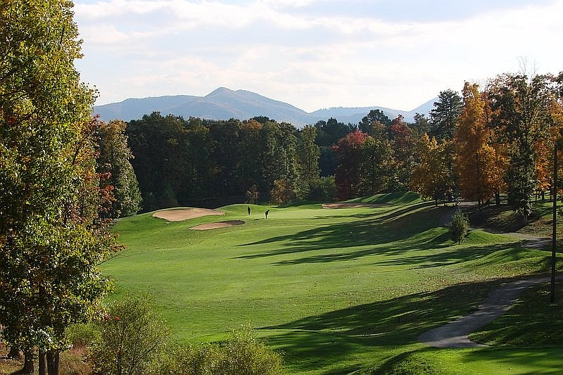 Hanging Rock Golf Club in Salem VA by Russell Breedon