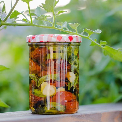 Preserved vegetables in extra virgin olive oil