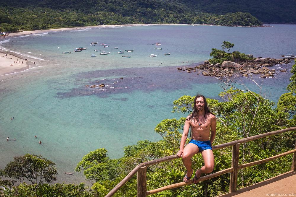 Praia dos Castelhanos em Ilha Bela, vista do Mirante do Coração Ph. Roni Diniz