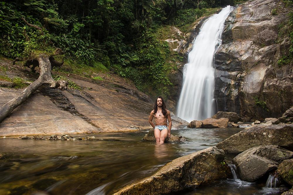 1ª Queda d'Água do Ribeirão de Itu em Boiçucanga: Cachoeira da Pedra Lisa Foto: Roni Diniz