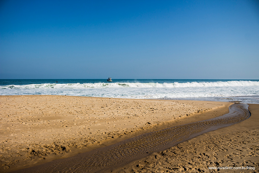 Encontro do Rio com o Mar na Praia Brava de Boiçucanga