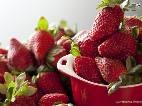 Receita caseira - Iogurte Natural de Morango