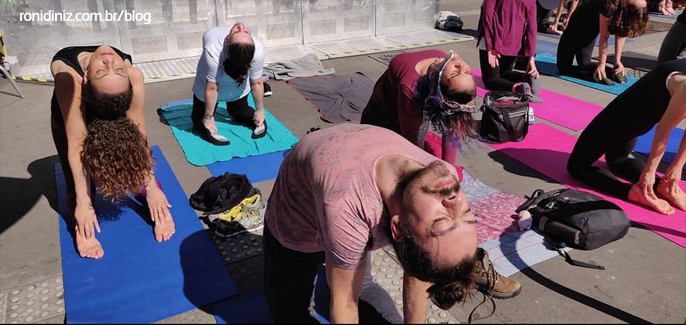 Aula Aberta na Av. Paulista comemorando o dia Mundial da Yoga pelo Centro Cultural da Índia em São Paulo Swami Vivekananda - 06/2019