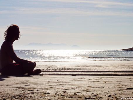 Autoconhecimento, meditação e caminhar sobre brasas de verdade!