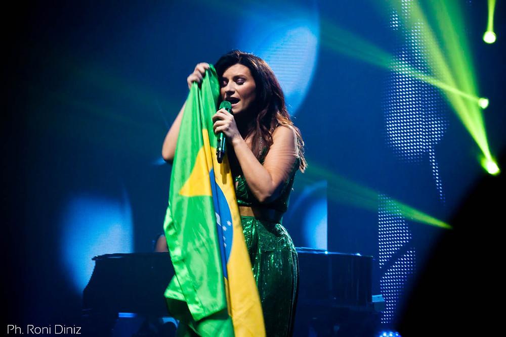 Laura Pausini e seu afeto pelo Brasil: amor de outras vidas - Simili Tour São Paulo