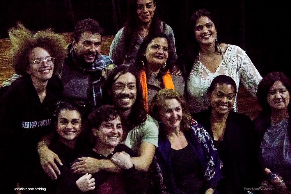 Com parentes amigos do teatro e Professores da EMEF do CEU Casa Blanca