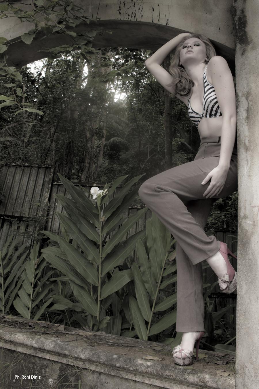 Ensaio Conceitual Moda - Roni Diniz