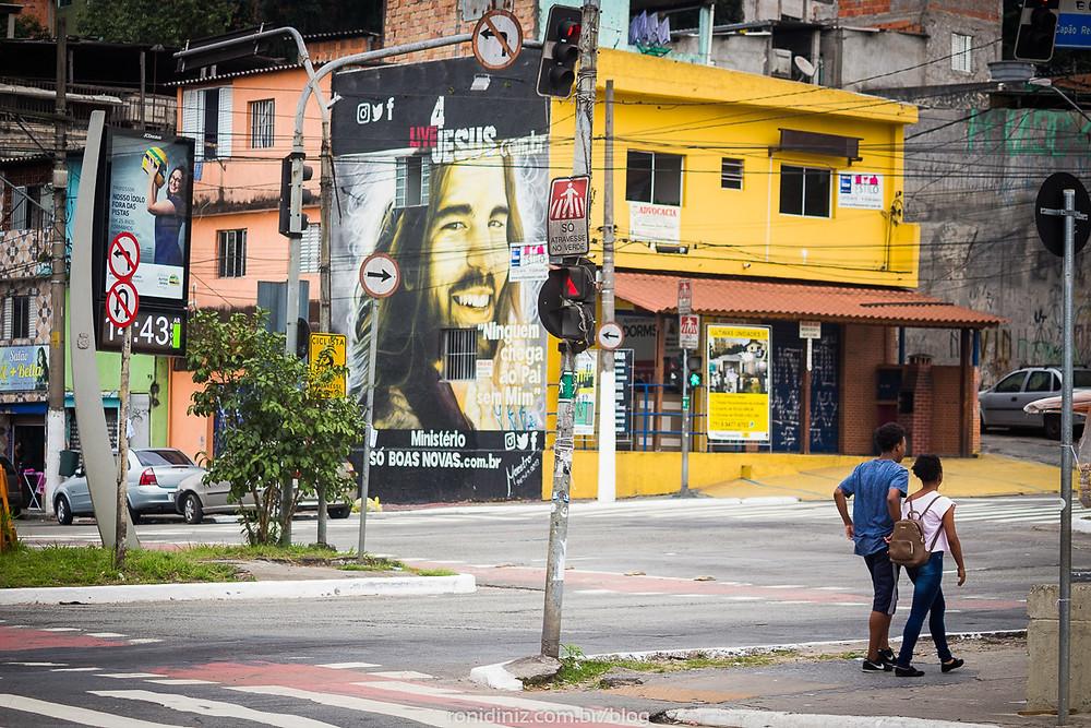 Jesus Cristo - Grafite no Capão Redondo, foto: Roni Diniz