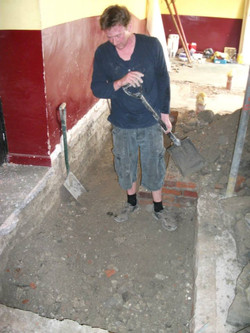Has Tom found the old Cellar??