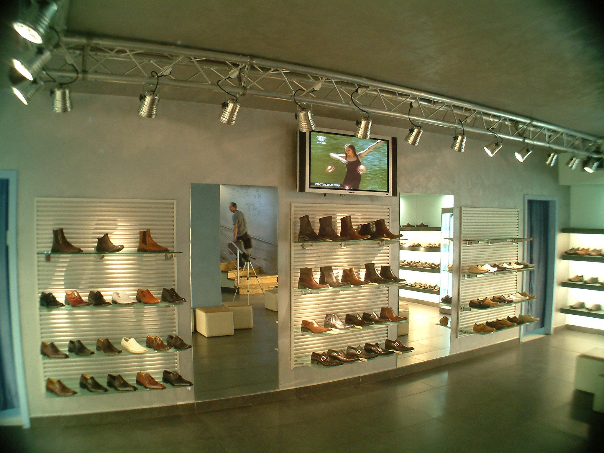 נעלי טראק3.JPG