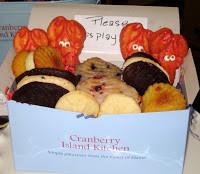 10-22-11 05Harbor whoopie pies.jpg