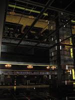 2-9-11 02Vegas lobby2.jpg