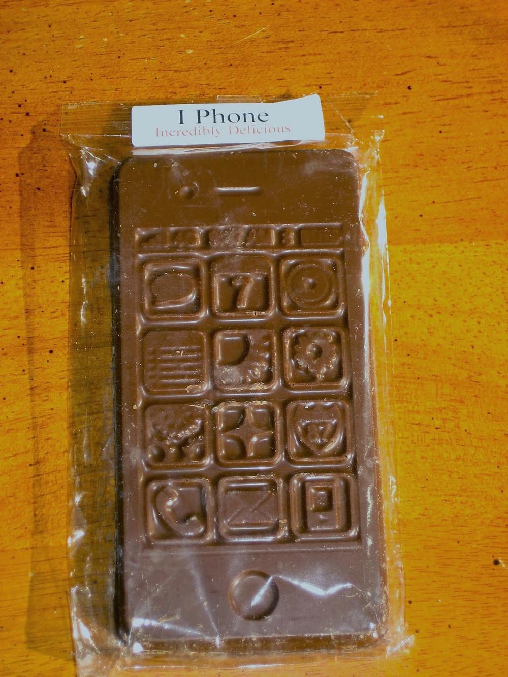 4-19-14 Chocolate iPhone.jpg
