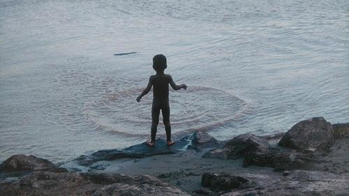 enfant mer.jpg