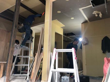 甲子園口 パン屋さん 内装工事 こんな感じで進んでます