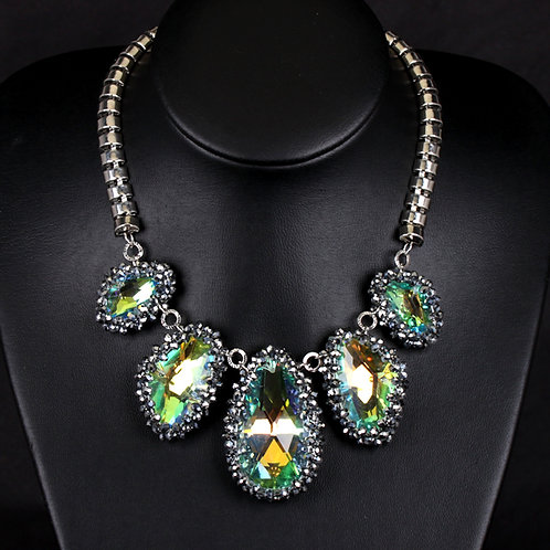 Luxurious Handmade Crystal Necklace
