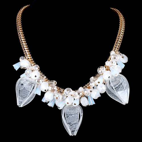 White Blooming Flower Necklace
