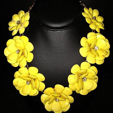 Daisy & Crystal Necklace