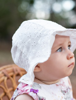 White Pattern Bucket Hat