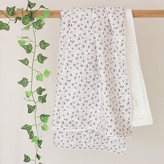 Camelias Blanket