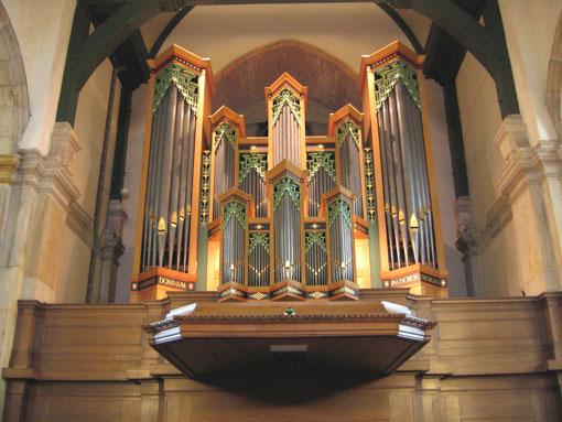 Kerkgebouw binnen 2.jpg
