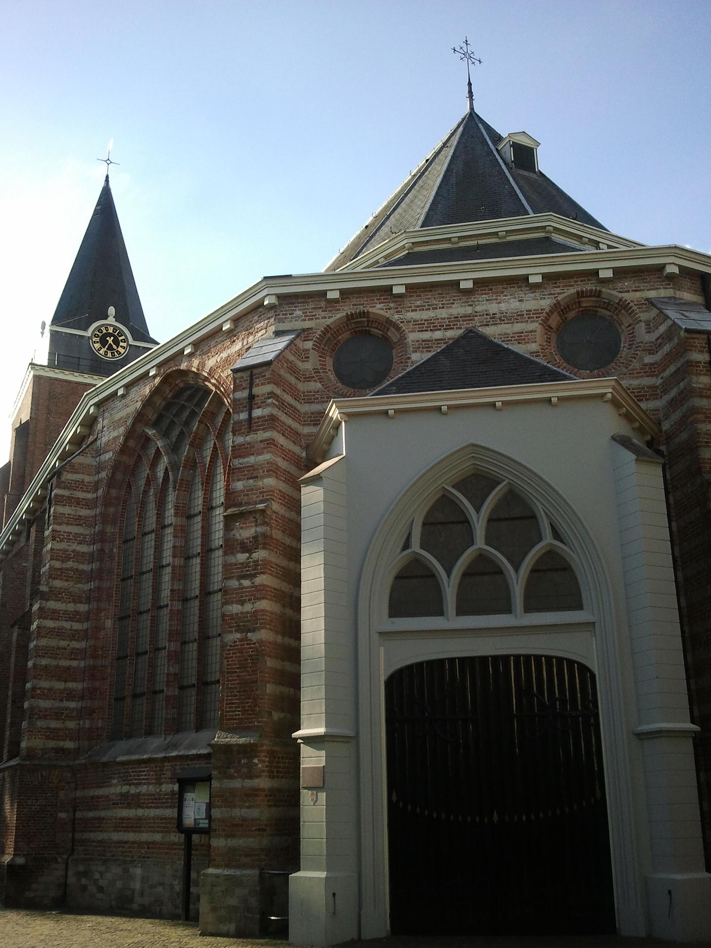 Petruskerk -exterieur 3