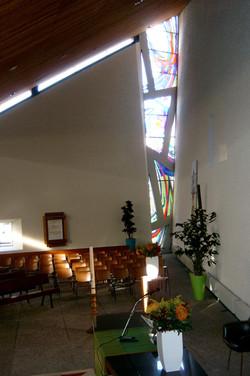 Goede Herderkerk interieur 1.jpg